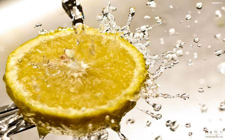 Free Lemon Splash
