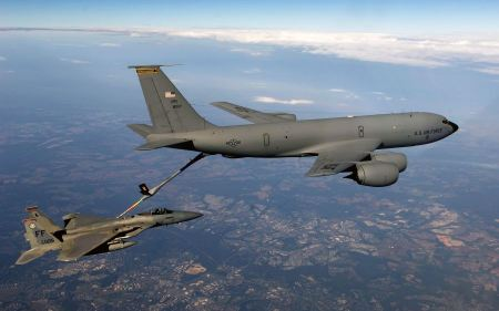 Free F 15 Eagle Receives Fuel From Kc 135 Stratotanker Wide