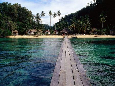 Free Main Port of Wakai Togian Islands Wallpaper