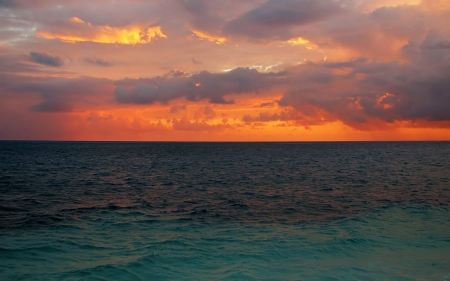 Free Sunset and Tranquil Sea