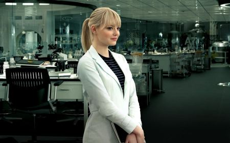 Free Emma Stone as Gwen Stacy