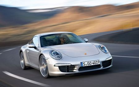 Free 2012 Porsche 911 Carrera