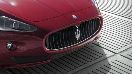 Free 2012 Maserati Grancabrio Sport