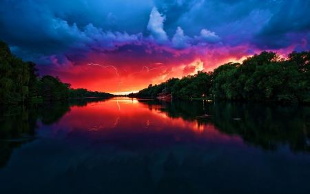Free Amazing Red, Purple and Blue Sky