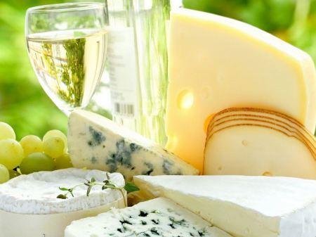 Free Cheese and Wine Wallpaper