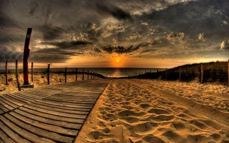 Free Sandy Beach at Sunset