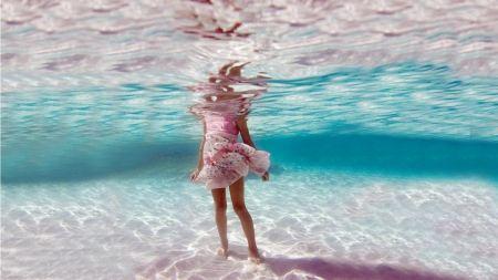 Free Sea Underwater Pink Frock Lower Body