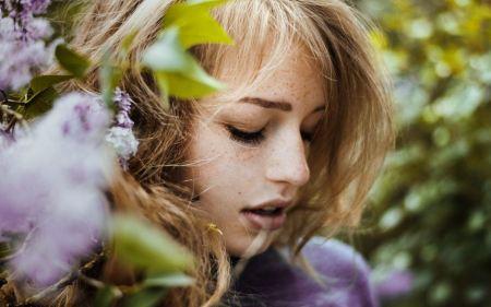 Free Girl near Flowers