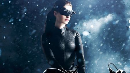Free Anne Hathaway as Catwoman in Batman The Dark Knight Rises