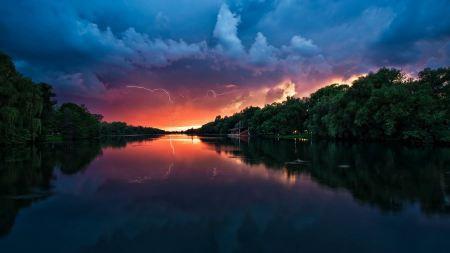 Free Orange and Blue Sky Reflecting on Lake Wallpaper