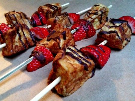 Free Tasty Tuesday: Strawberry Angel Food French Toast Kabobs   Mod ...