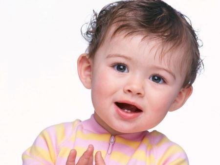 Free Cute Baby Wallpaper