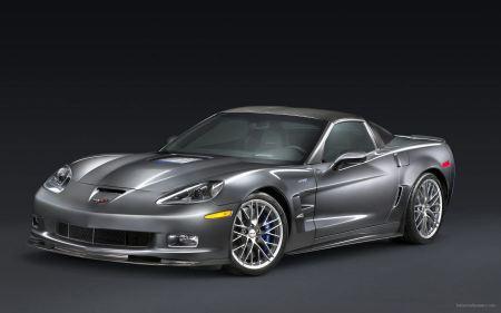 Free Glossy Silver Corvette