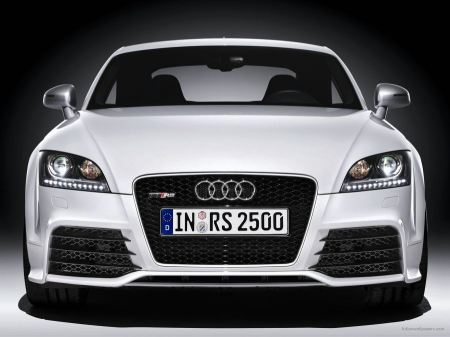 Free 2010 Audi TT RS Coupe 2