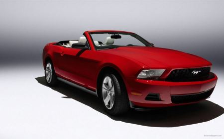 Free Ford Mustang 2010 3