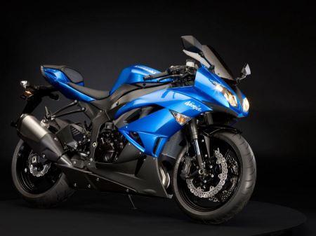 Free Kawasaki Ninja ZX 6R Blue