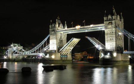 Free London Bridge Night